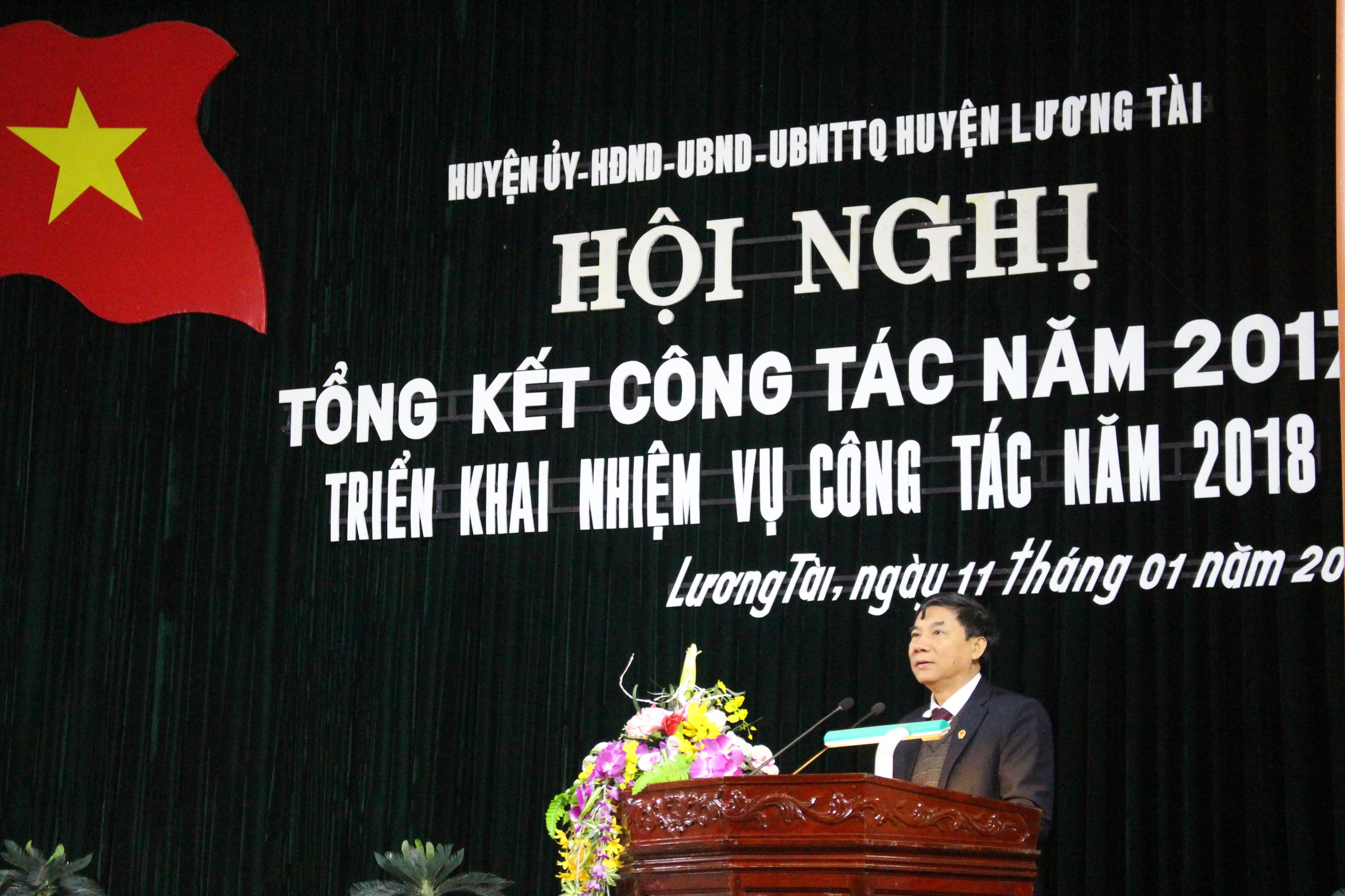 (Đ/c Nguyễn Hữu Quất phát biểu chỉ đạo tại Hội nghị)